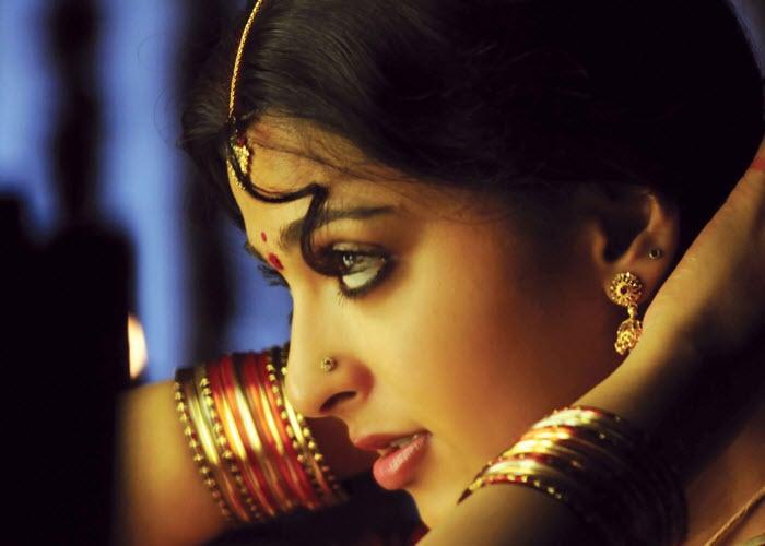 Anushka Shetty Beautiful Gorgeous Side Face Still