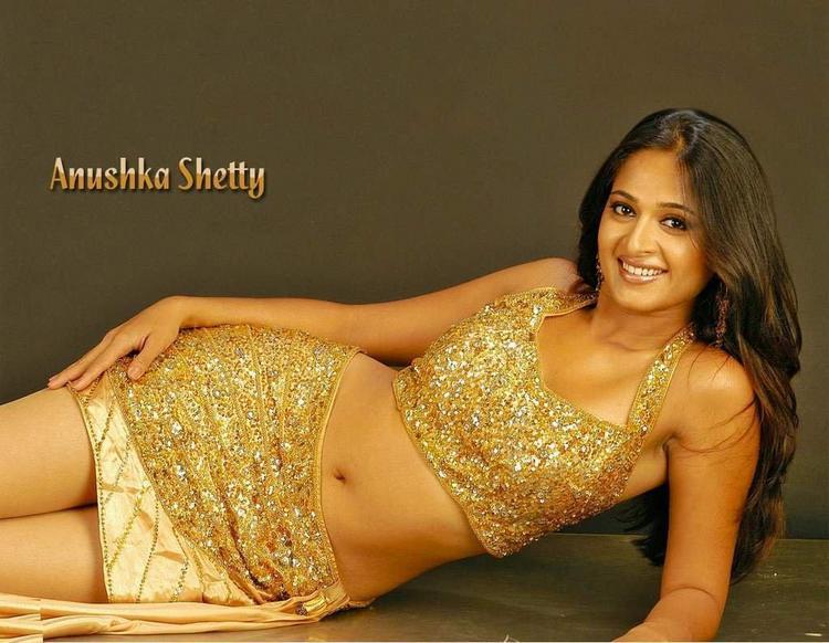 Anushka Shetty Mini Dress Hot Navel Show Wallpaper