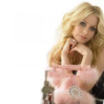 Avril Lavigne Cute Face Still