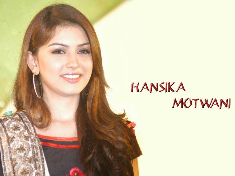 Beautiful Hansika Motwani Still