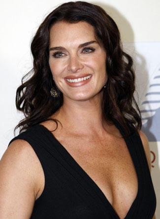 Beautiful Model Brooke Shields Sexy Cleavages Still