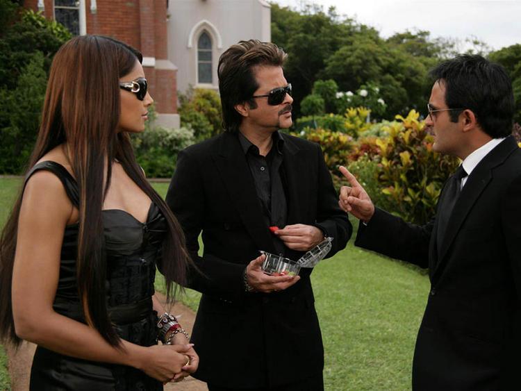 Bipasha Basu with Akshaye Khanna and Anil Kapoor