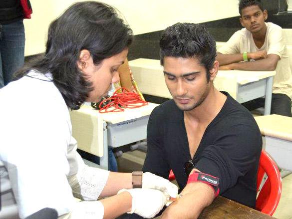 Blood gets drawn from Prateik Babbar