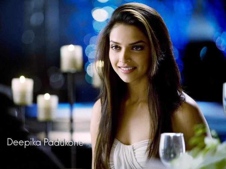 Bolly Beauty Deepika Padukone Wallpaper