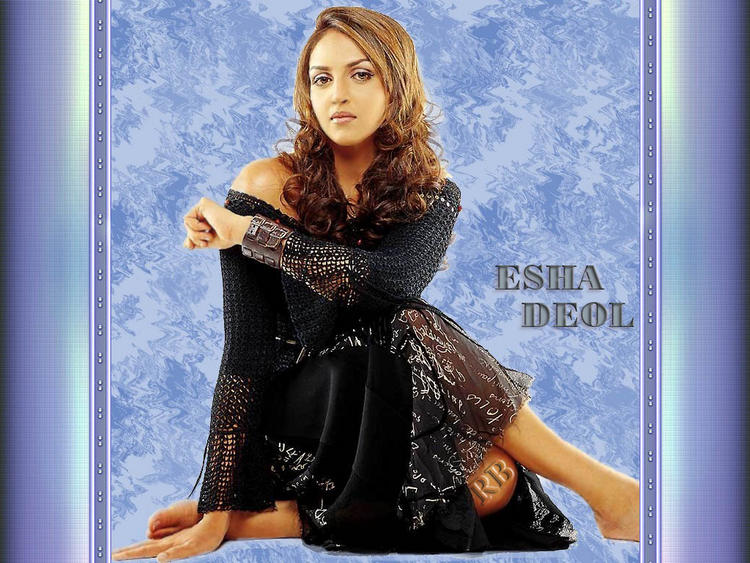 Bolly Beauty Esha Deol Still