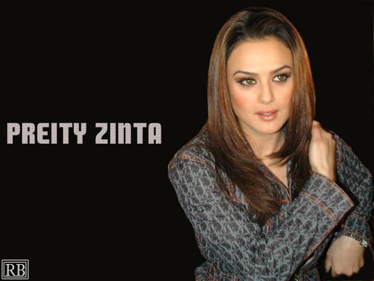 Bolly Beauty Queen Preity Zinta Wallpaper