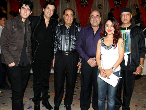 Bolly Celebs at Hum Log Foundation Annual Awards