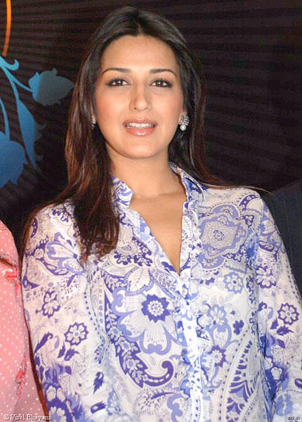 Bollywood Actress Sonali Bendre Still