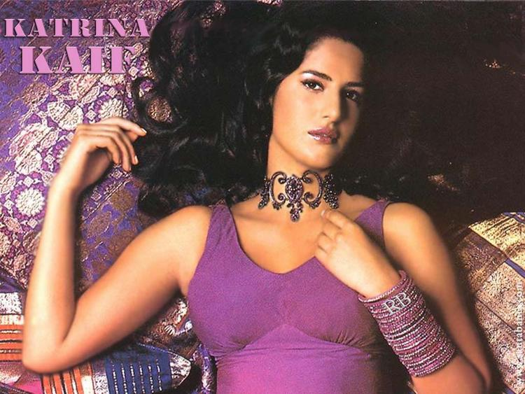 Bollywood Diva Katrina Kaif Wallpaper