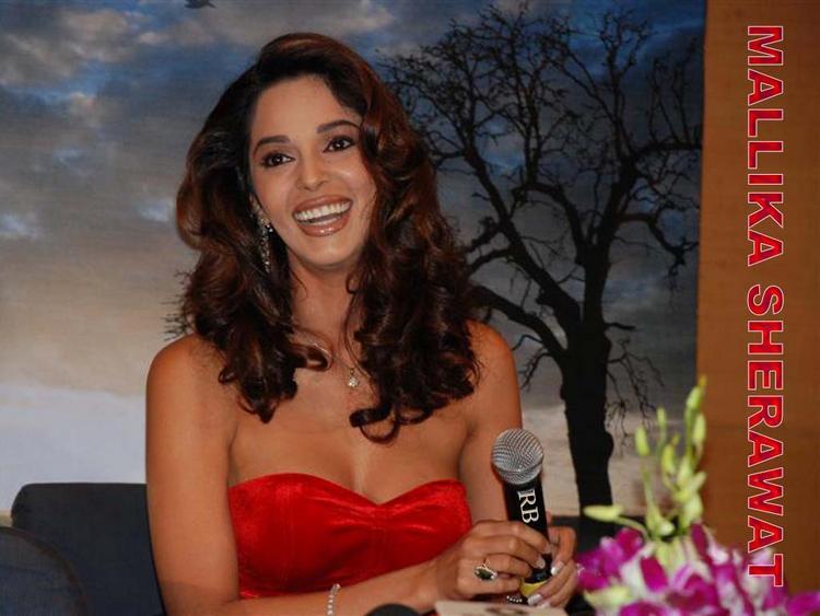 Bollywood Masala Actress Mallika Sherawat Wallpaper