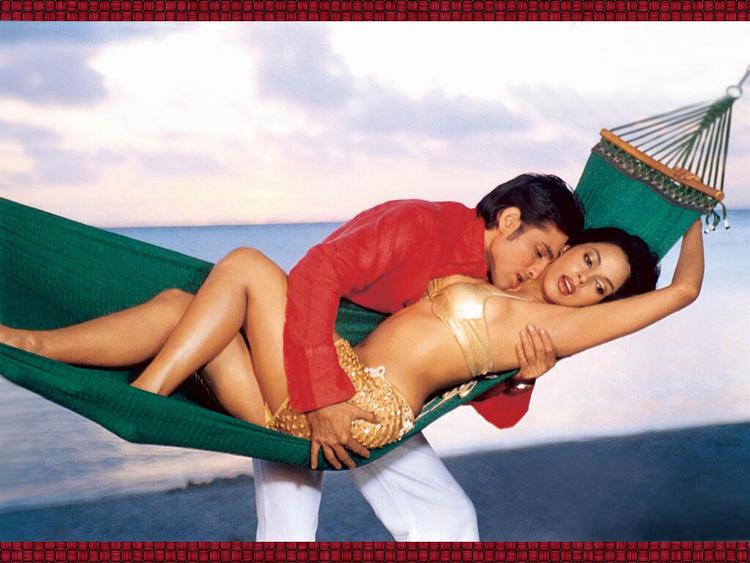 Bollywood Sex Bomb Mallika Sherawat Wallapper