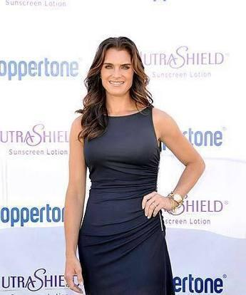 Brooke Shields Tight Dress Awesome Still