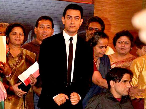 CNN IBN Real Heroes Awards 2012 Aamir Khan Pic