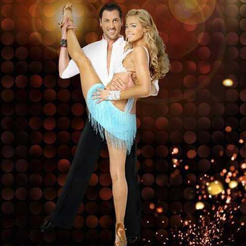 Celebrity Denise Richards Hot Dance Still
