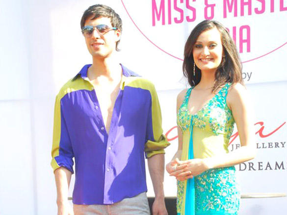 Celebs Grace Wadia Cup Derby Gladrags Little Miss and Master India