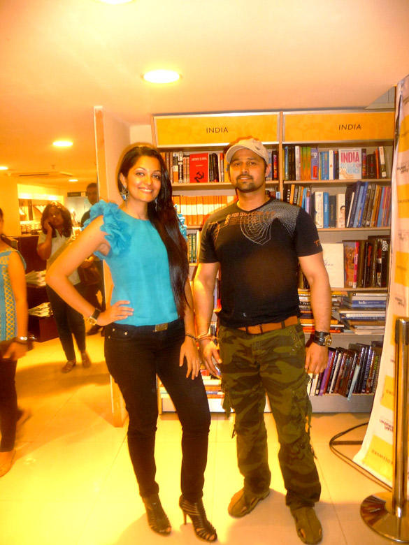 Celebs at Launch Of Leela Shakti Salgaokars Book Imperfect Mr. Right