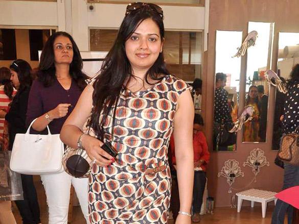 Celebs at Mana Shetty and Sharmilla Khanna's Araish exhibition