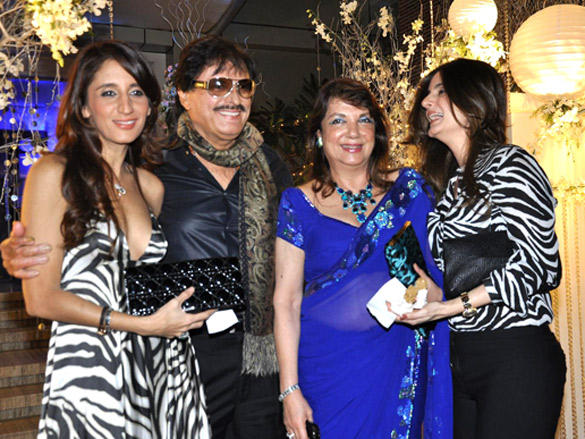 Celebs at Sunaina Roshan's birthday party