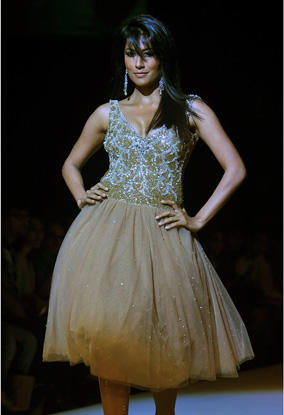 Chitrangada Singh at Lakme Fashion Week September 2010