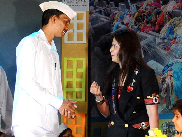 Darshini shah's Peek-A-Boo Concert  Mumbai Meri Jaan 2012