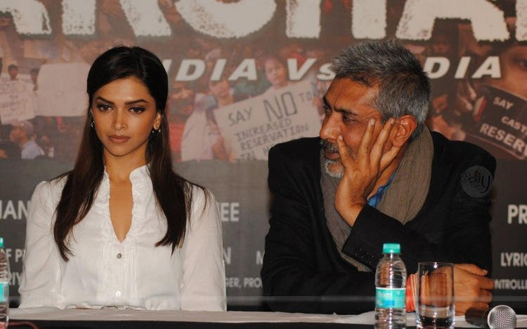Deepika Padukone Aarakshan Audio Launch Still