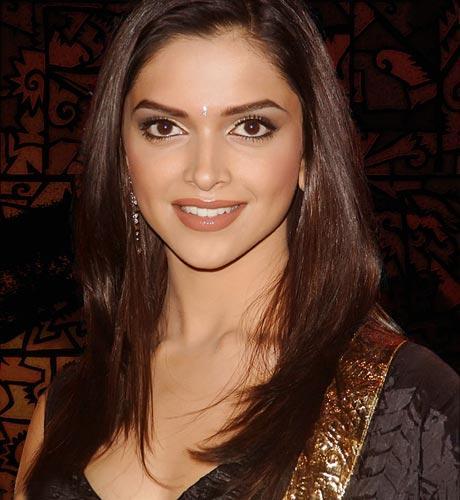 Deepika Padukone Awesome Face Look