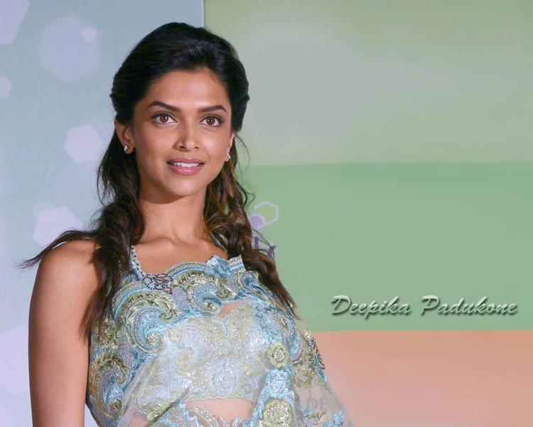 Deepika Padukone Cool Beauty Face Wallpaper