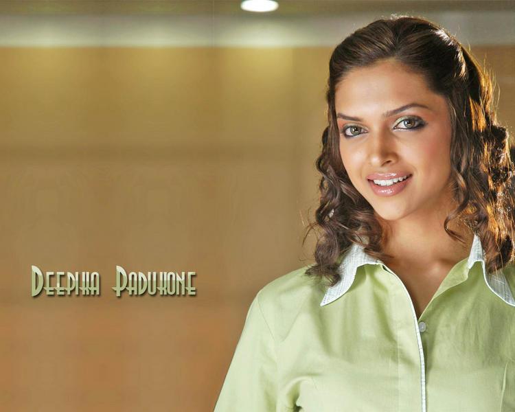 Deepika Padukone Curly Hair Cut Wallpaper