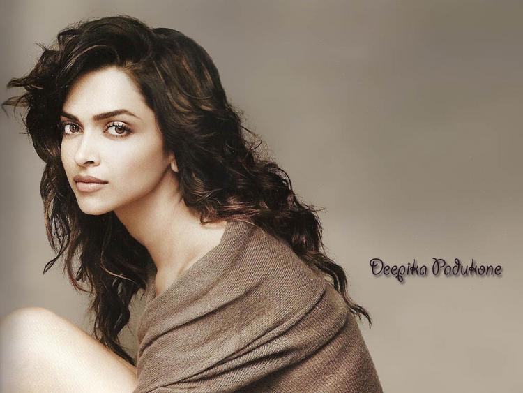 Deepika Padukone Glorious Wallpaper