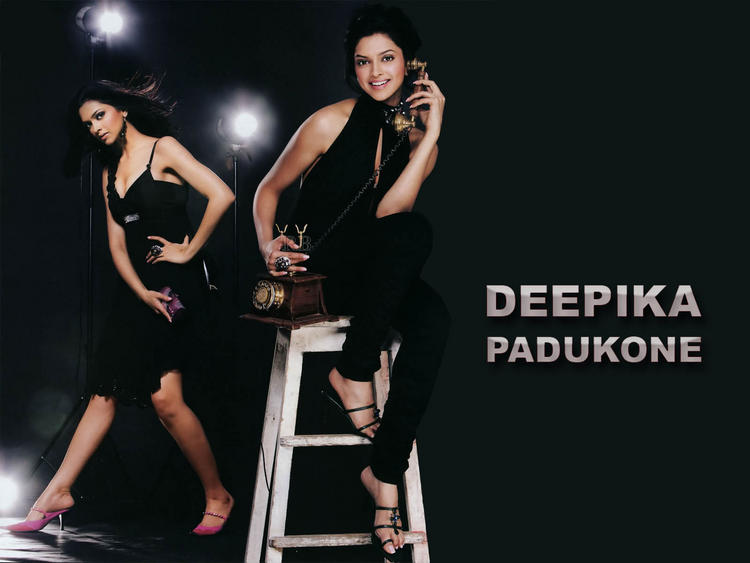 Deepika Padukone Hot Dress Cute Wallpaper