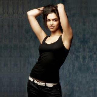 Deepika Padukone Hot Stills by Aarakshan
