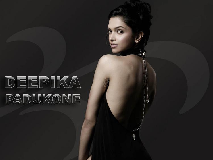 Deepika Padukone Sexy Back bare Expose Wallpaper