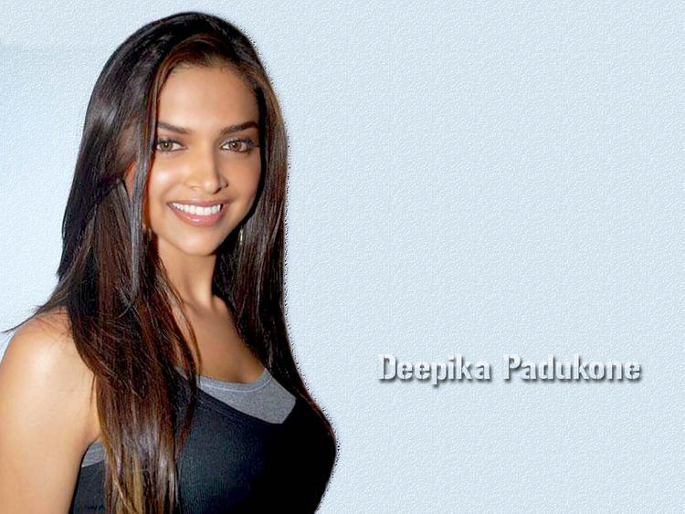 Deepika Padukone Silky Hair Beauty Smile Pic