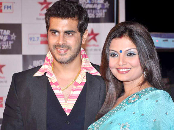 Deepshikha With Husband at Big Star Young Entertainer Awards