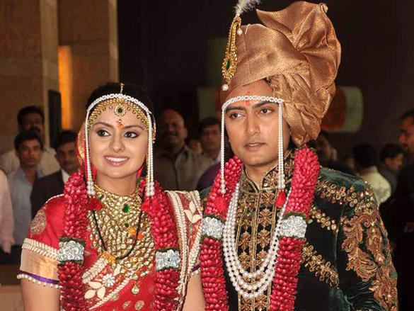 Dheeraj Deshmukh with wife Honey Bhagnani at their wedding reception