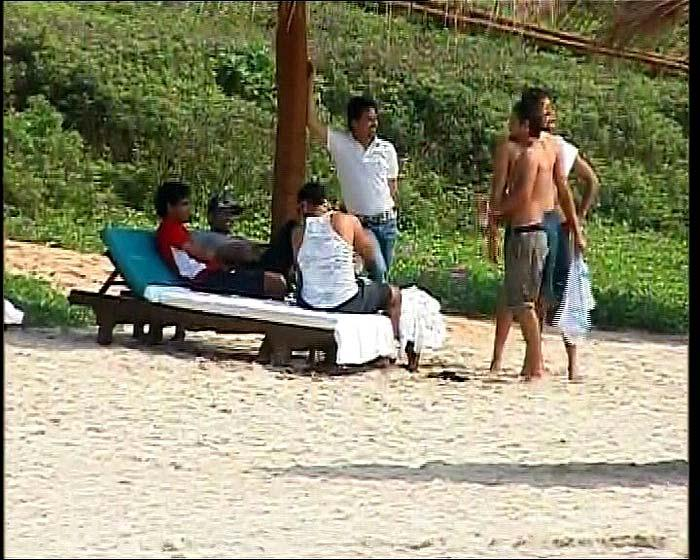 Dhoni, Sakshi Goa Beach Photo