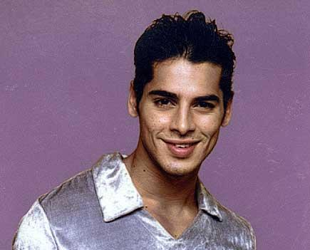 Dino Morea Cute Smile Face Wallpaper