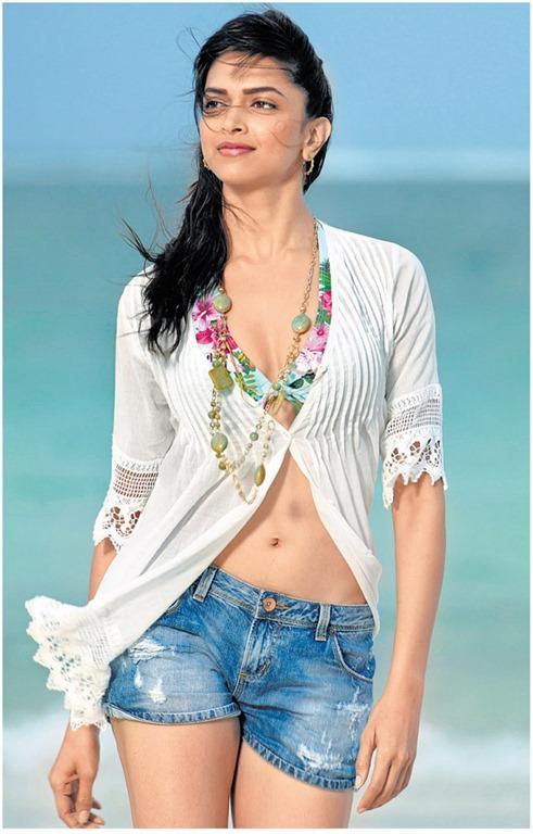 Dum Maro Dum Deepika Padukone Hot Navel Sexy Still