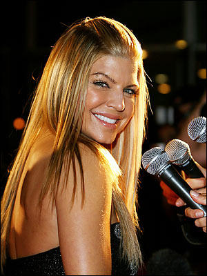 Fergie Latest Hair Style Beauty Smile Pic