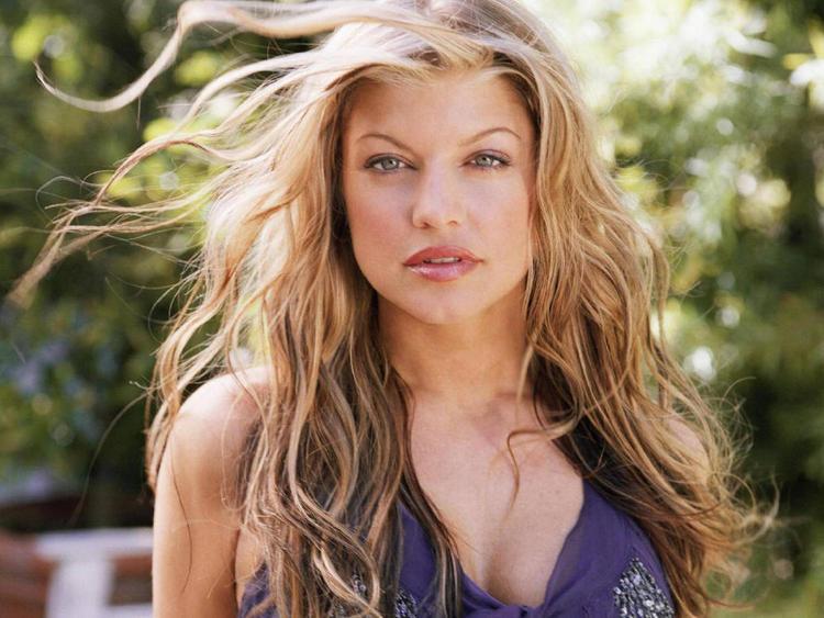 Fergie Stunning Pic