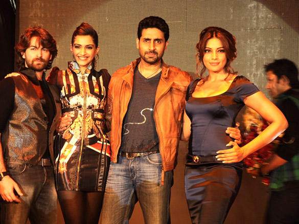 Gang of 4 at Inorbit Mall to Promote