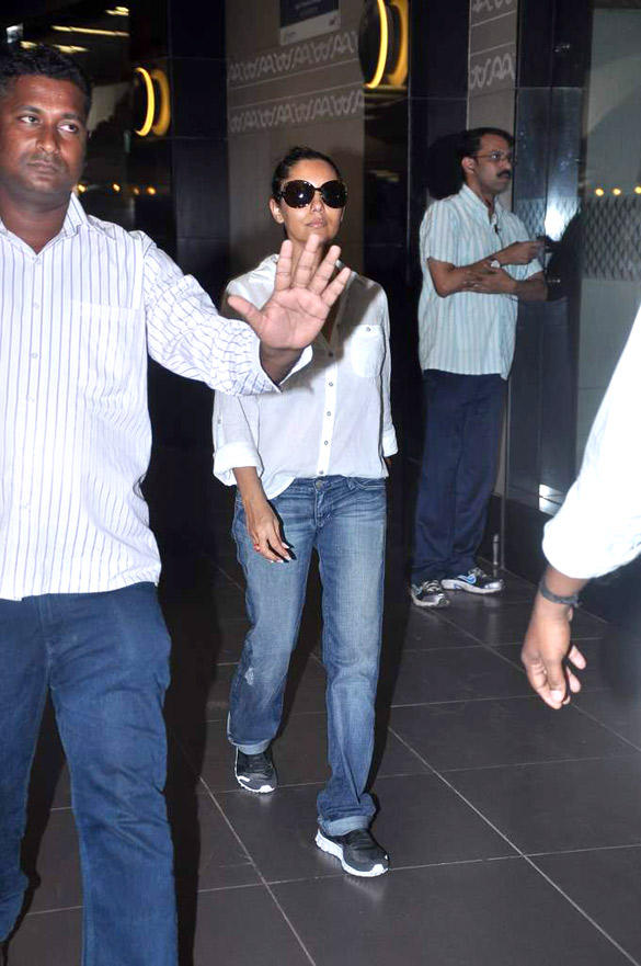 Gauri Khan Was Spotted at Mumbai International Airport