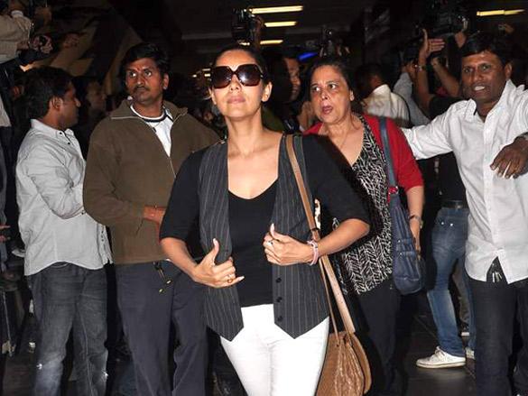 Gauri Khan Spotted Returning from Dubai