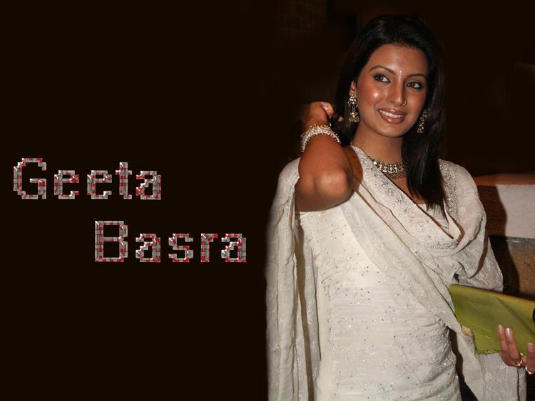 Geeta Basra Looks Elegant