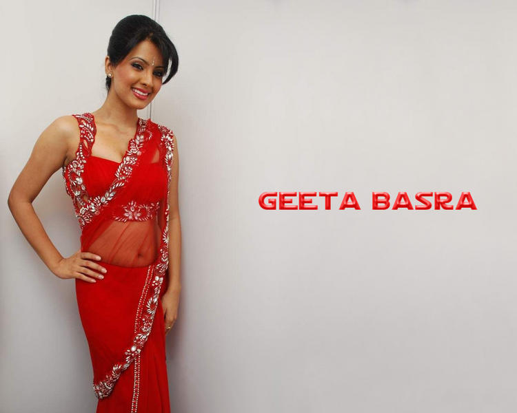 Hot Geeta Basra in Red Saree