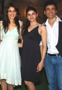 Genelia,Prachi and Tusshar Pose To Photo Shoot