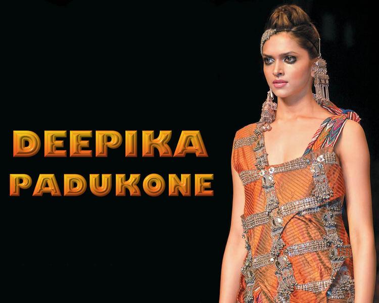 Glam Doll Deepika Padukone Wallpaper