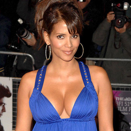 Halle Berry Blue Dress Open Boob Show Public Photo