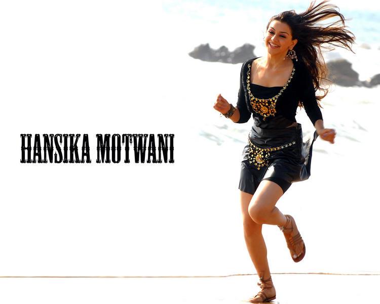 Hansika Motwani sexiest Wallpaper Pic