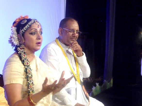 Hema Malini on Indian Traditional Dress at Iskcon Temple For Ram Navami Celebration